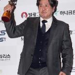 [포토] 최민식 '남우주연상 수상'