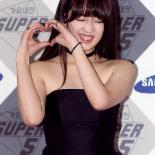 [포토] 박보람 '수줍은 하트'