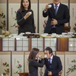 월화드라마 '펀치' 조재현-최명길, 다정한 러브샷 포착..무슨일?