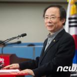 與 대표·원내대표 영남 독식?…비영남 '위기감' ↑(종합)