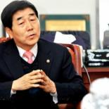장윤석 의원, 김기종 제압.. 특전사 출신 복싱협회 회장