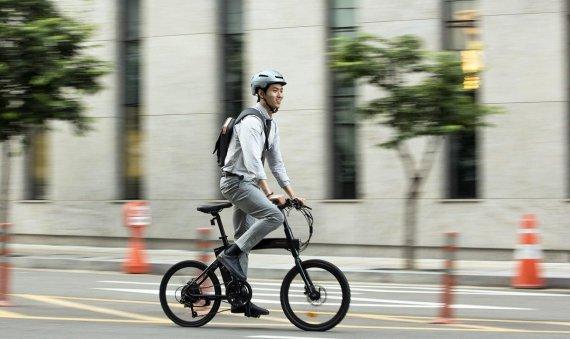 면허 없어도 전기자전거로 자전거도로 달린다