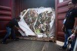 '역습'의 시작.. 우리 밥상으로 돌아오는 '플라스틱 쓰레기'