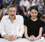 [1단] 홍상수 감독, 베를린영화제 경쟁부문 진출..김민희 주연 '도망친 여자'