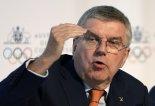 """IOC 위원장 """"도쿄올림픽, 내년에 못하면 그대로 취소"""""""