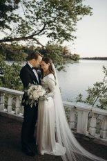 '최연소 총리' 마린 핀란드 女총리, 16년 교제한 연인과 작은 결혼식