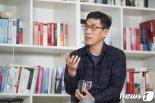 """진중권, 중대결심 기자회견 예고, 1분뒤 취소..""""생태탕 패러디입니다"""""""