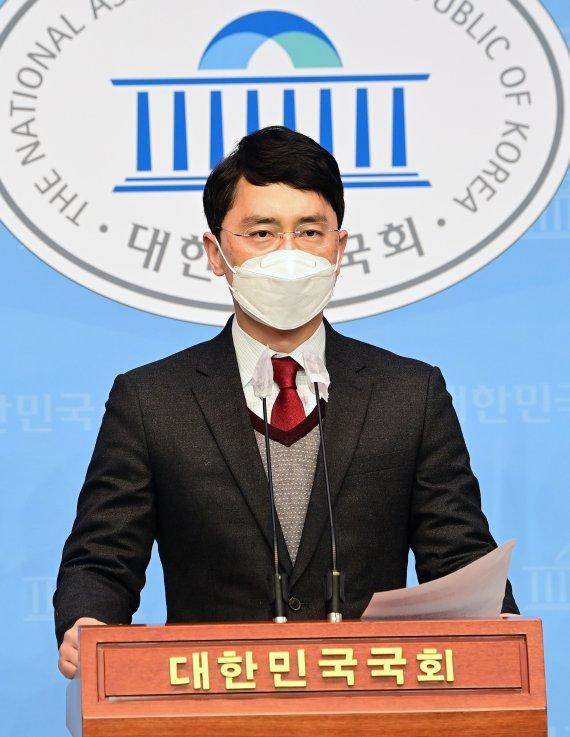 국민의힘, 김병욱 의원 복당 허가..성폭행 의혹 해소