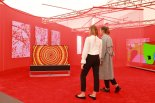 LG 올레드TV, 英 '프리즈 아트페어'서 예술 작품으로 변신했다