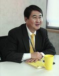 """[2012년 주목할 ICT기업 '베스트 10'] (2) 이석우 카카오 공동대표 """"日서 내달 무선인터넷전화 지원"""""""