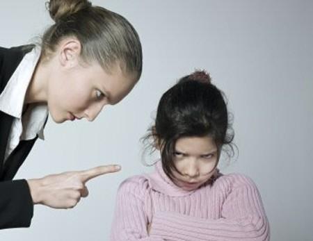 """""""부모가 체벌하면 아이는 더 비뚤어진다"""""""