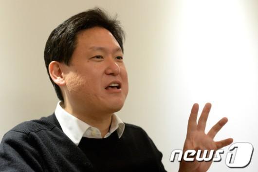 """美로봇박사 데니스 홍 """"한국 이공계 기피, 말기암 수준"""""""
