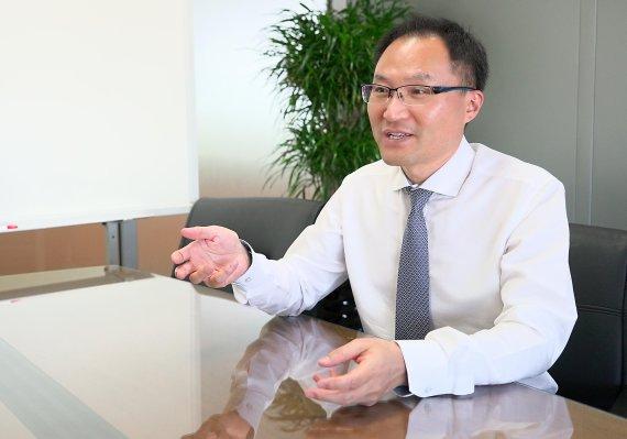 """[인터뷰] 신현석 SK㈜ C&C 클라우드Z사업본부장 """"맞춤형 클라우드 서비스로 해외업체와 경쟁"""""""