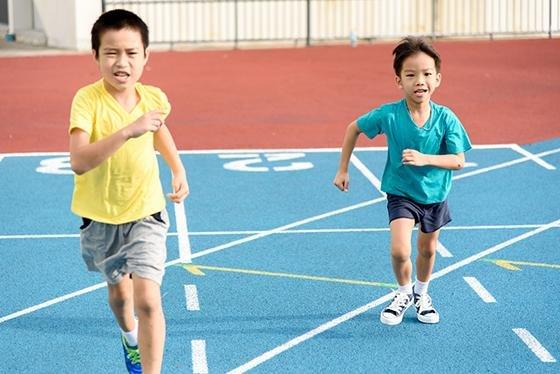 꼴찌가 우승하고, 5000명 실격되고..세계의 '황당 마라톤'