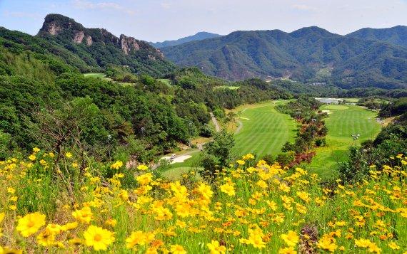 <정대균기자의 한국 골프장 산책>'천상에서의 라운드' 대유몽베르CC 오똔-이베르코스