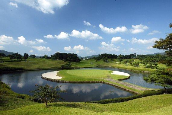 <정대균기자의 한국 골프장 산책>평화와 안식의 상징 천안 우정힐스CC