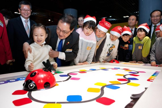 국내 최초 국립어린이과학관 오픈…과학자 꿈 키운다