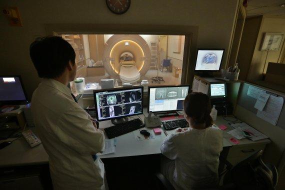 [정명진 의학전문기자의 청진기] 폐암 영상의학 검사