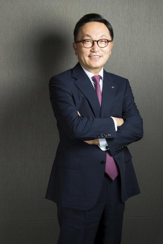 박현주 미래에셋대우 홍콩 글로벌 회장 취임..글로벌 경영