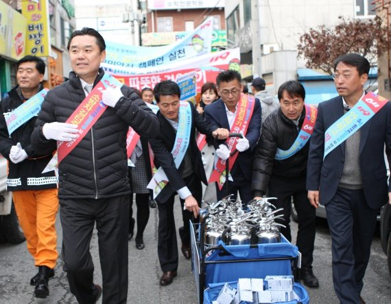 하이트진로, 안전한 겨울나기 국민안전캠페인 앞장