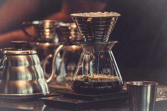"""""""카페인 없인 못 살아"""".. 당신도 혹시 '커피 사피엔스'?"""