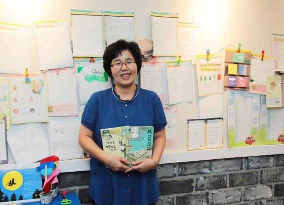 """[fn 이사람] 장은영 독서지도사 """"함께 독서토론하는 아이들이 내 최고의 독자"""""""