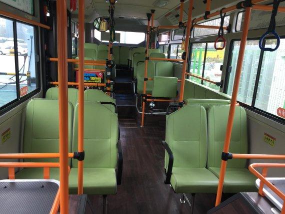 [fn선임기자의 경제노트] 소음·진동·매연 '3無 버스'… 미세먼지 걱정도 덜어준다