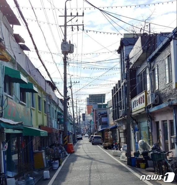 """""""차라리 명절 없었으면""""…대전 쪽방촌 독거노인들의 눈물"""