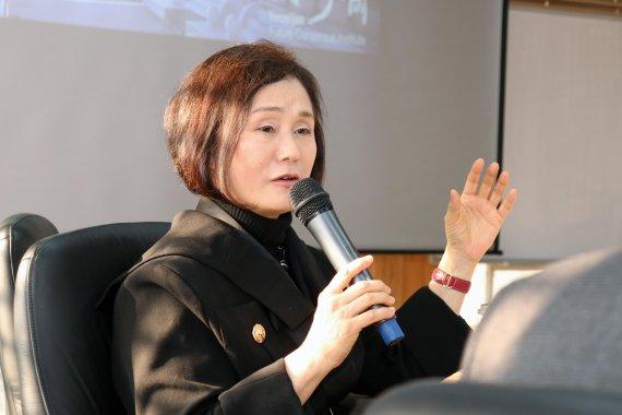 韓 교수, 北학자 46명 캐나다 연수 지원 화제