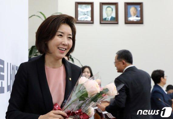 """나경원 """"의원직 총사퇴 불사할 것"""" 무슨 일?"""
