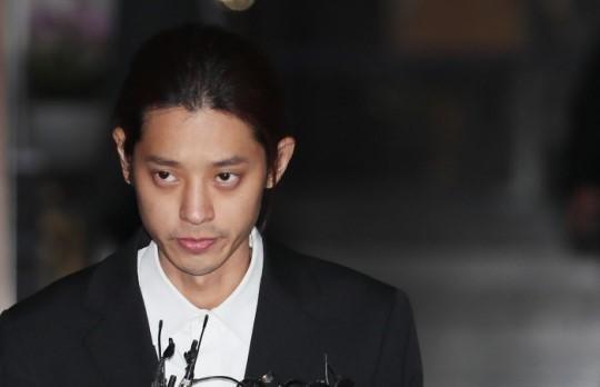 검찰, '성관계 몰카 의혹' 정준영 등 구속영장 청구