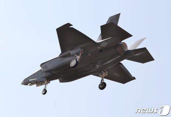 北 레이더 무력화 F-35A는? '폭탄 8톤 무장' 美주력 전략무기