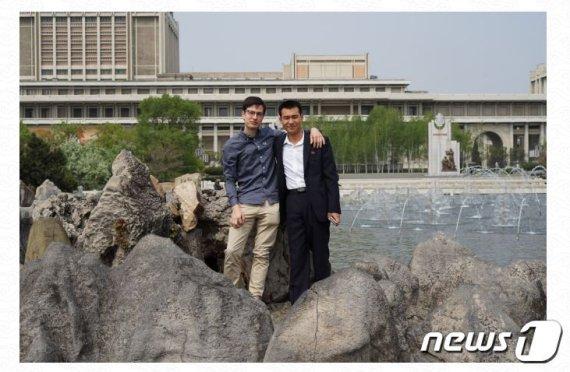 북한에 사는 유일한 호주인이 밝힌 北 뜻밖의 현 상황