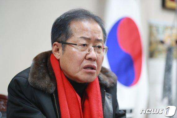 """홍준표 """"文정권, 노무현 정권과는 달리.."""" 비판한 내용"""