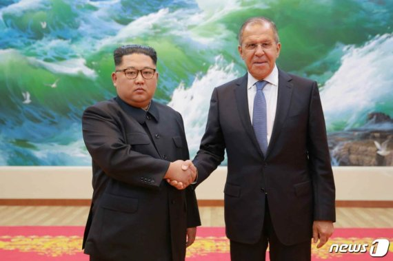김정은 방러 가시권…'제재 속 영향력 확대' 푸틴 훈수?