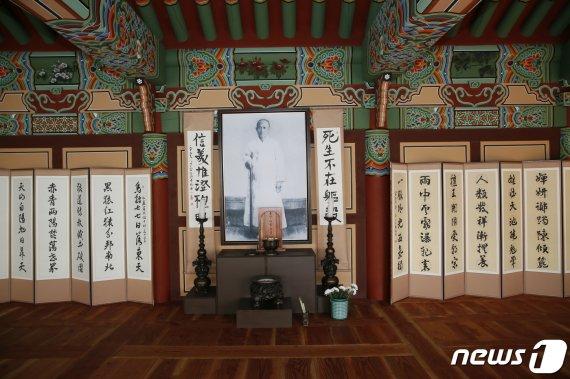 홍암 나철 선생 명예훼손.. 영화 '사바하'에 뿔난 보성군의 결단