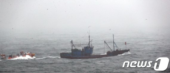 서해5도서 2000척 넘는 中어선 퇴치한 특별경비단의 정체