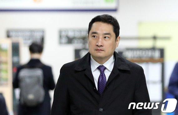 '소송문서 위조혐의' 강용석, 1심 뒤집고 2심 무죄선고 받은 결정적 이유