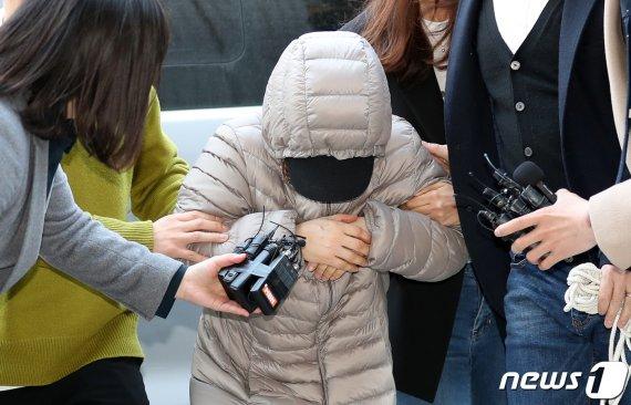 """아동학대 50대 아이돌보미 구속.. """"학대라고 생각 못 해"""""""