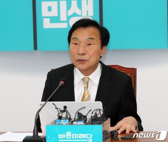 """손학규 폭탄발언 """"추석前 지지율 10% 안되면.."""""""