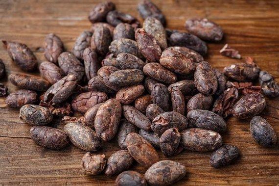 초콜릿 먹는 중년, 난청 위험 '뚝' <연구>