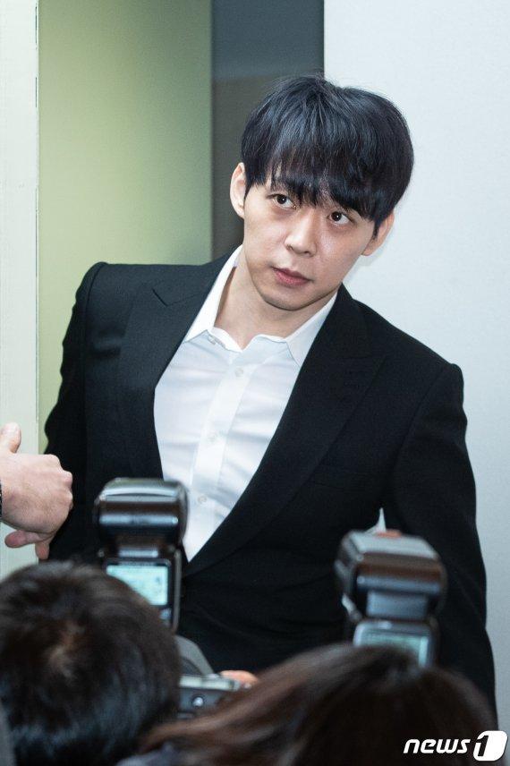 박유천, 오늘 경찰 출석…황하나 집 드나든 CCTV 확보