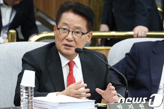 """박지원, 민주당에 쓴소리 """"文대통령 성공은 포기하나"""""""