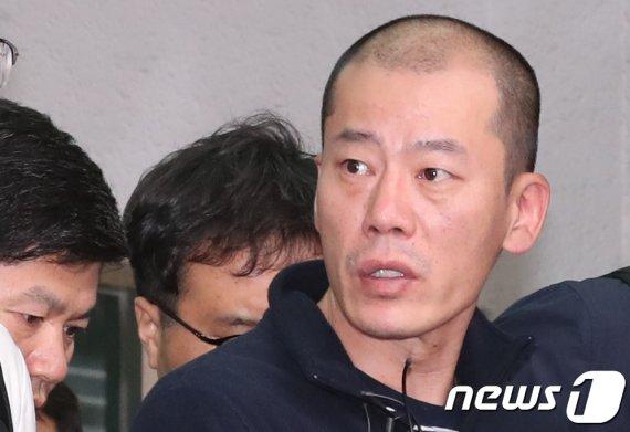 진주 방화·살인범 '안인득' 얼굴 공개