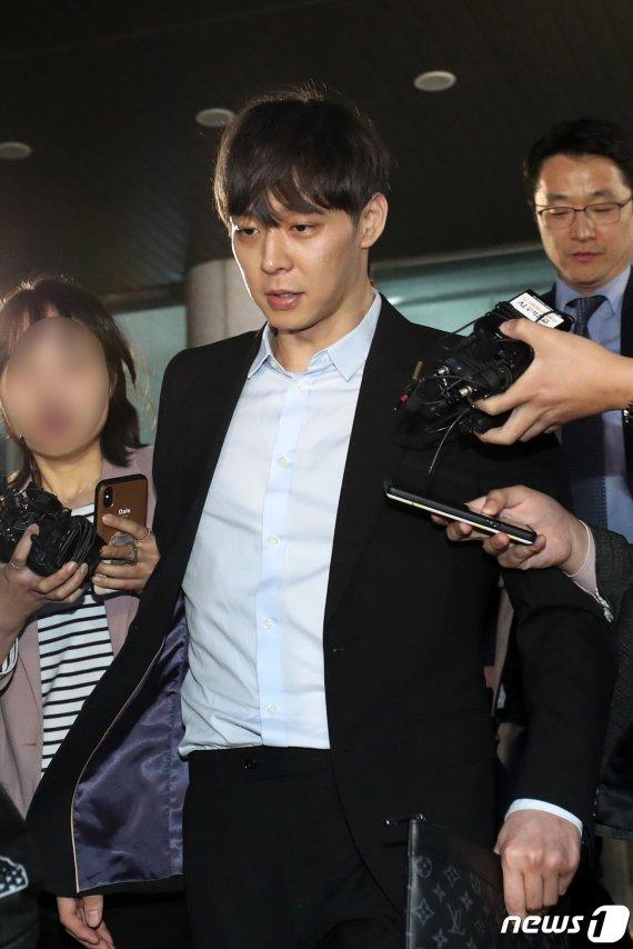 """박유천 측 """"필로폰 성분 왜 나왔는지 몰라""""…경찰 반응은?"""