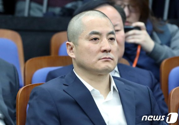 """한국당 의원 집단 삭발에 나경원이 한 말 """"개인 차원을.."""""""