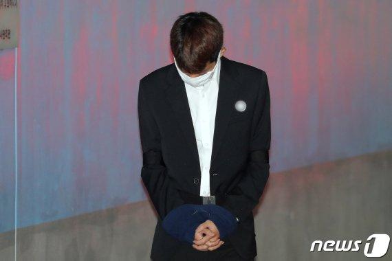 """'불법촬영·유포' 정준영 첫 재판에서 """"모든 혐의 인정"""""""