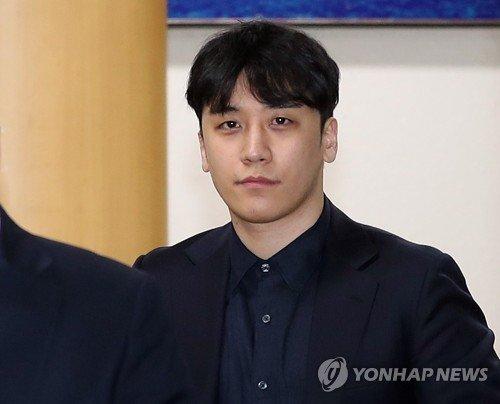 '성접대·버닝썬 횡령' 승리 구속 여부 내일 결정…영장심사