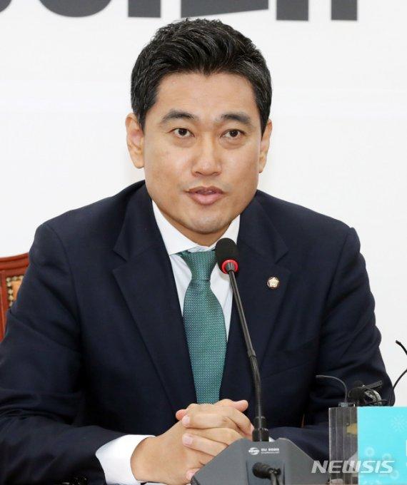 """오신환 ''민주당은 사과하고, 한국당은 국회 복귀해야"""""""