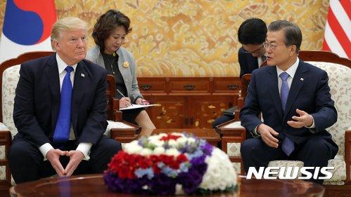 """트럼프, 6월 말 방한…靑 """"비핵화 및 한미동맹 강화 협의""""(종합2보)"""
